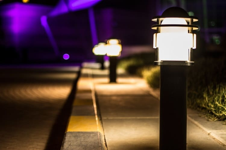 What To Consider When Shopping For Outdoor Solar Lights